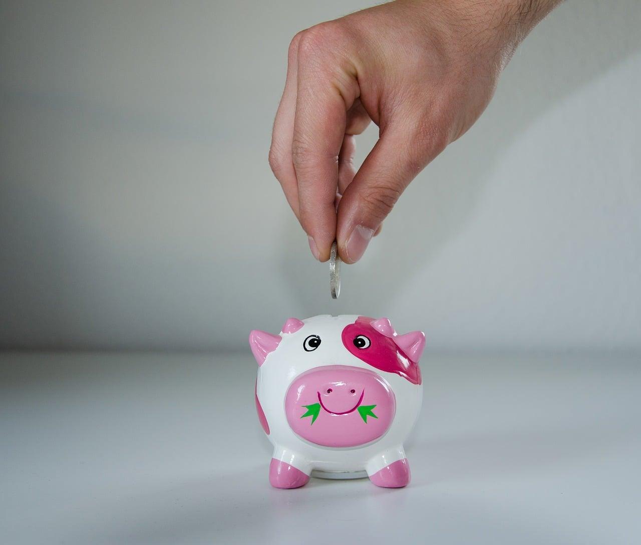 20 Ways to Save Money on Everyday Expenses